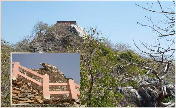 Pic du Vautour Rajgir - Pèlerinage Bouddhiste Amitabha